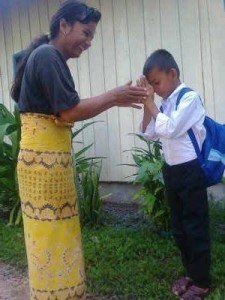 Rathana 's younger brother Panet with his Mother. he is showing respect to his Mother for sending him to school. His English lessons are supported by a SSSP donor. recently Panet required ear surgery at Bopatha Children's Hospital. This was made possible by our German member of SSSP Sandra Brock.